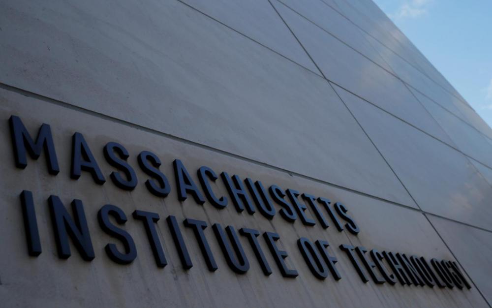 不滿新規 哈佛MIT告川普政府