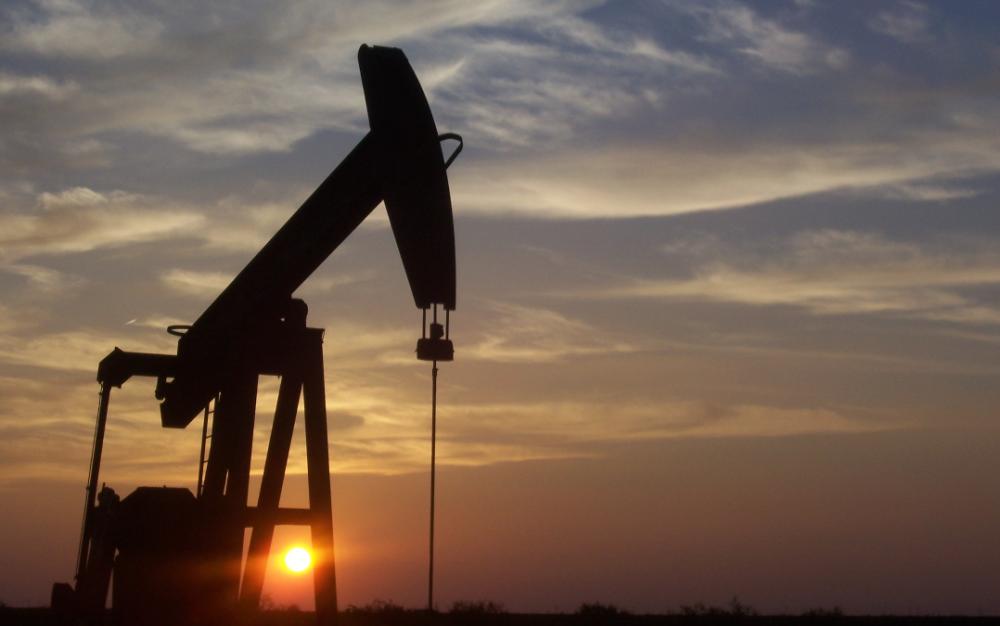原油暴跌為「負值」,專家表示「無需恐慌」