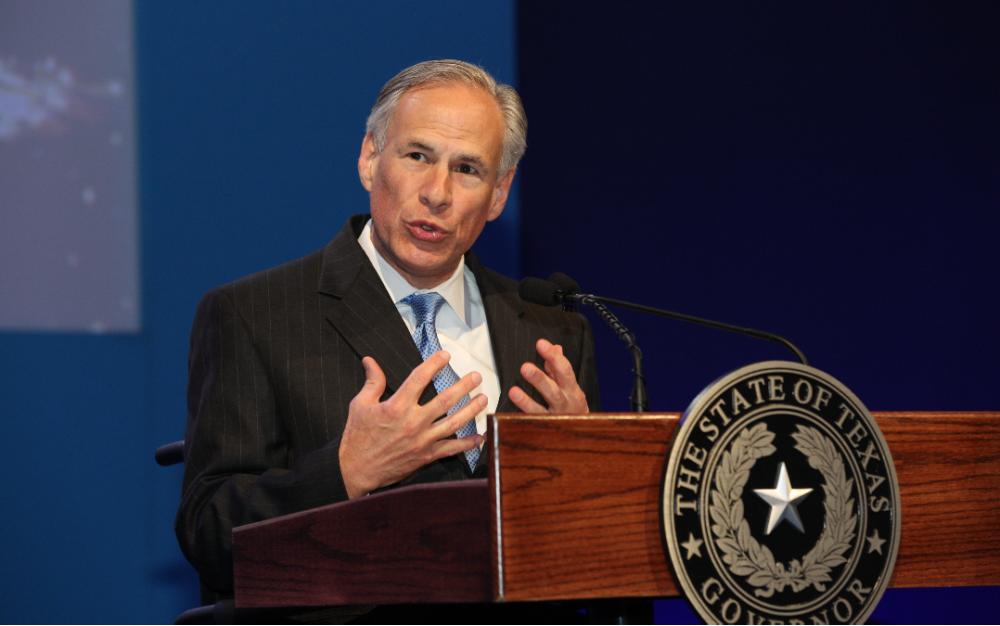 德州州长:每个County只能有一个邮递投票投递站,引发各方挞伐