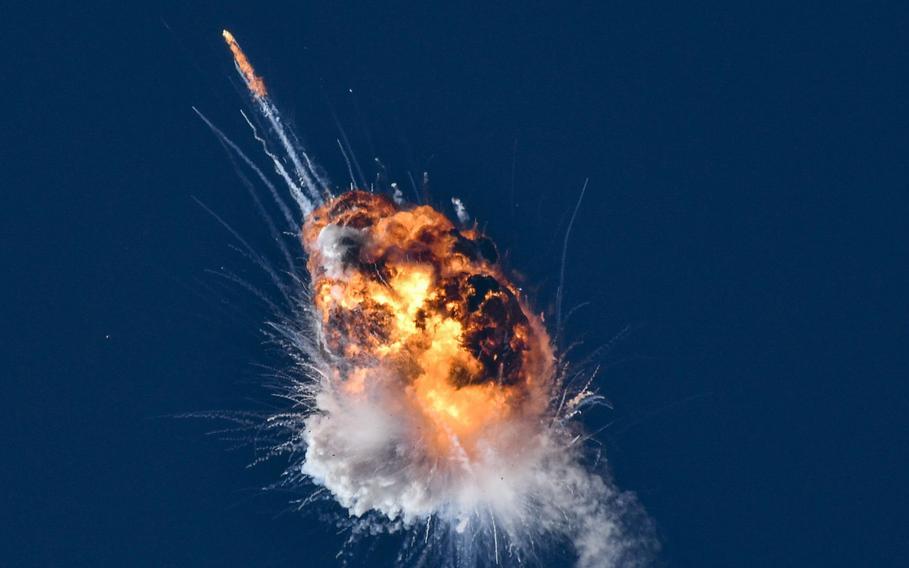 螢火蟲航天公司的阿爾法火箭在首次發射到達地球軌道時爆炸