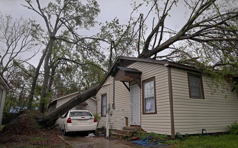 颶風戴爾塔肆虐路州德州