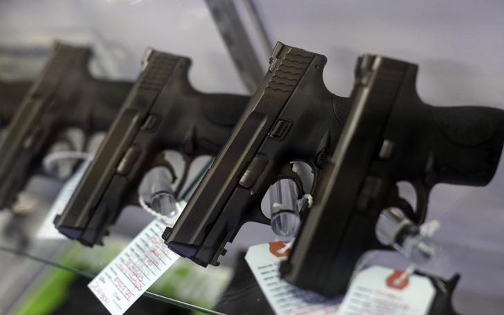 枪支业者:仇恨犯罪下,亚裔美国人买枪人数增长
