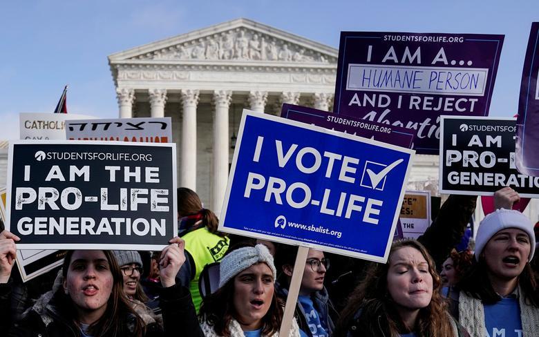 德州通过反堕胎法,人权、医师团体抗议