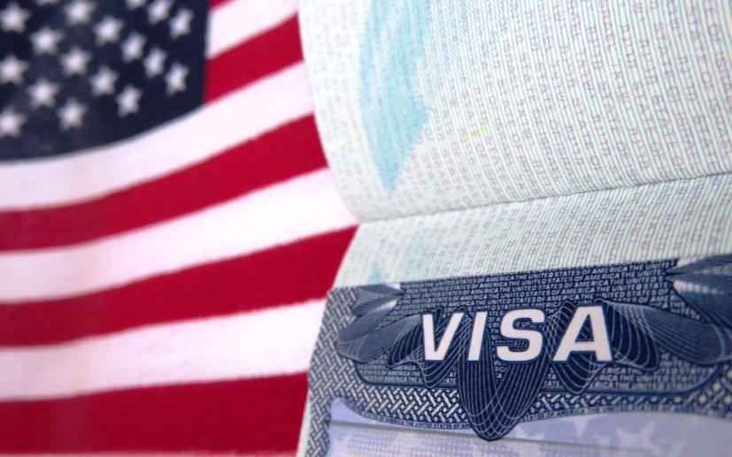 移民窄門再縮!H1B簽證薪資門檻大漲,三分之一 H1B 申請者恐被拒絕!