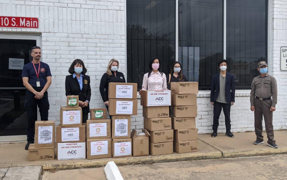 斯坦福市消防局受1000個N95捐贈,市議員譚秋晴感謝社區夥伴