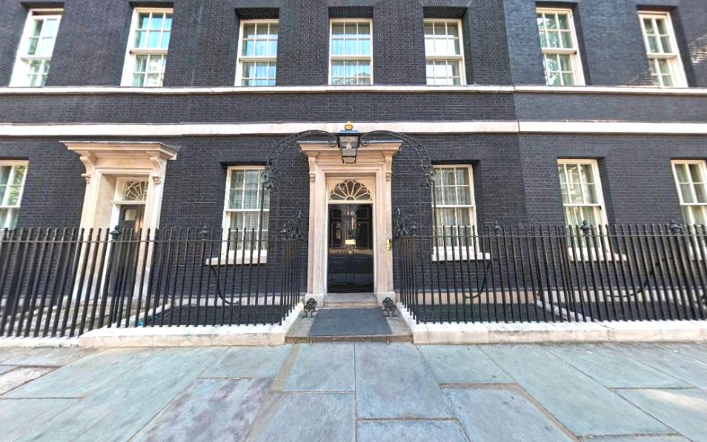英國首相翻新唐甯街10號陷困境    面臨監管機構正式調查