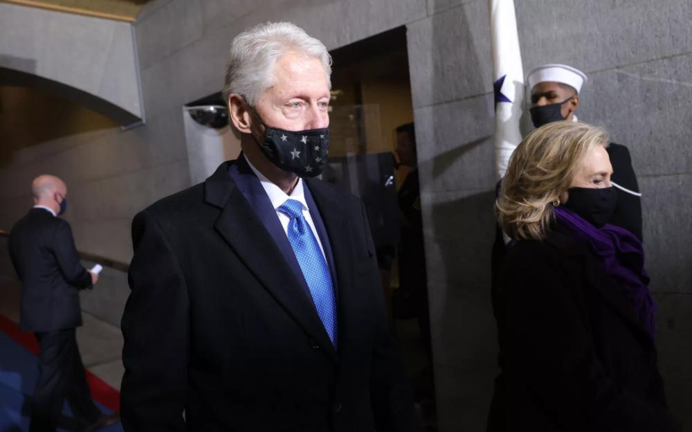 克林頓又搶頭條    因泌尿系統感染入住加大歐文分校醫療中心