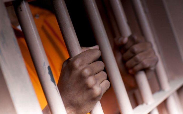 青少年犯罪者確診冠狀病毒,警方擬釋放輕罪犯人、放寬逮捕行動