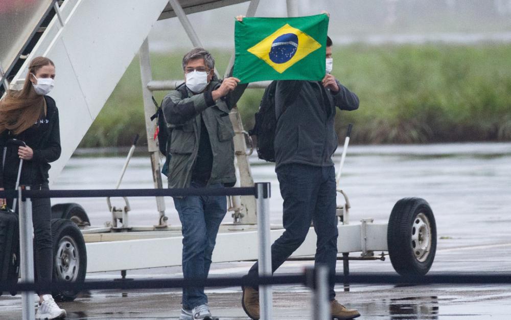 新冠病毒   無孔不入  跨越重洋   侵入南美