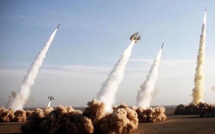 多枚火箭弹向喀布尔机场发射  但被导弹防御系统拦截
