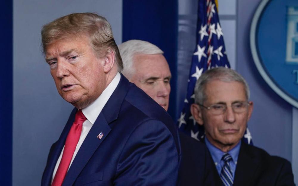 """特朗普稱福西是一場""""災難"""",並表示""""解雇他是更大的炸彈"""""""