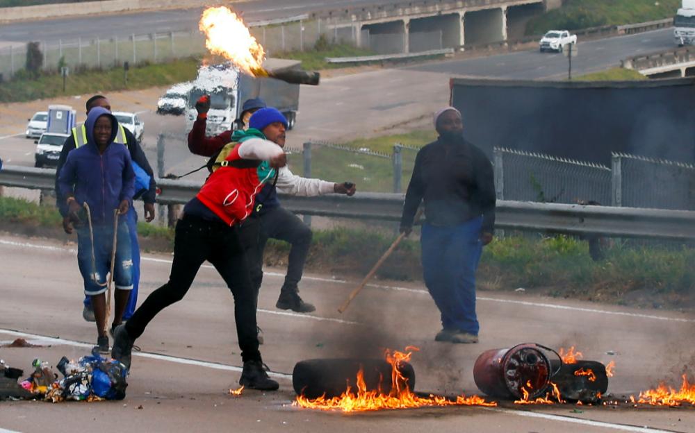 南非暴動持續 累積逾40人死亡