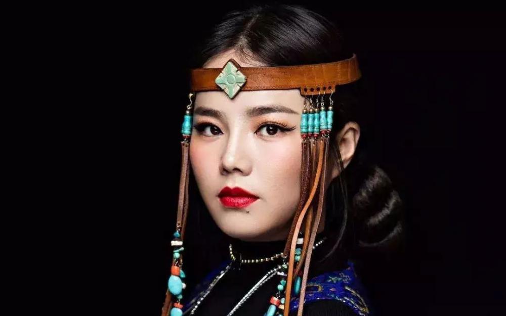 蒙古族天籁女聲阿木古楞加盟第25屆德州國際農曆新年音樂會
