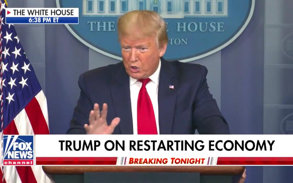 """盡管美國失業人數創新高,特朗普誓言受冠狀病毒破壞的經濟將""""反彈''"""