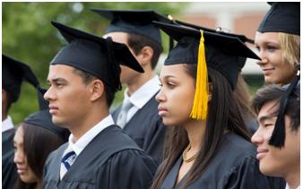 許多美國學生背上了負擔不起的利滾利助學貸款 年僅18歲學生並不明白助學貸款利滾利的噩夢