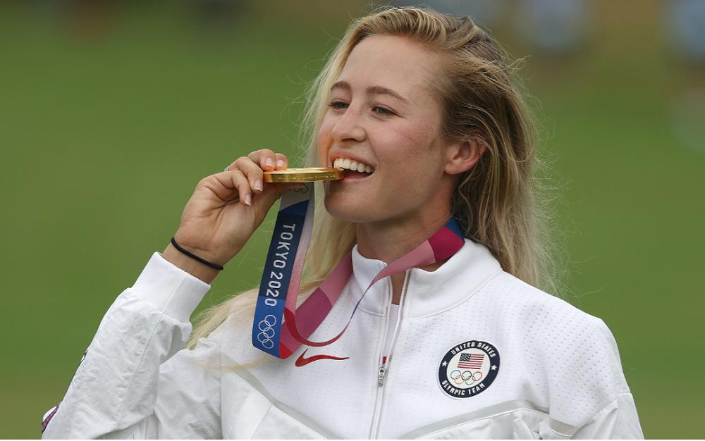 美國選手內莉·科爾達在東京奧運會上獲得女子高爾夫賽金牌