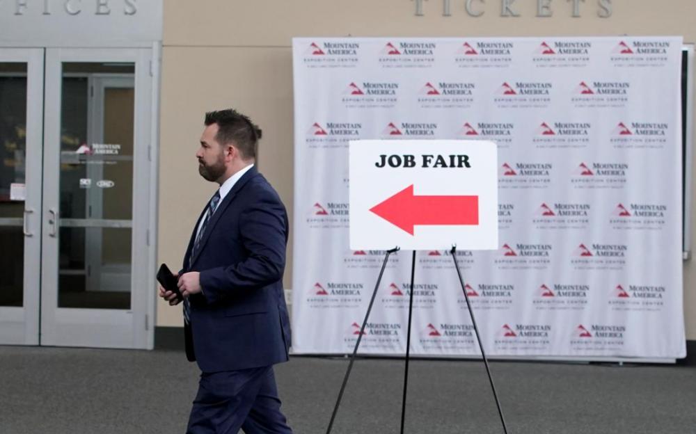 德州失業救濟金新變革:11月1日起要證明有「積極求職」,才可申請!