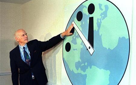 「末日鐘」倒数100秒,人类最接近死亡的时刻