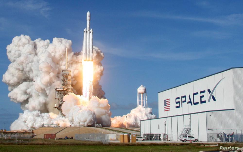SpaceX首次將NASA宇航員從美國本土發射到太空創造曆史