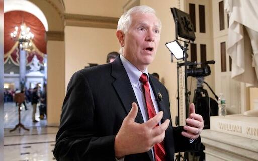 """美国众议员布鲁克斯重申""""数十位"""" 共和党议员反对选举团人投票"""
