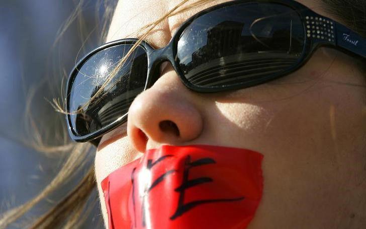 德州严格堕胎新法上路 好莱坞名人纷发言砲轰