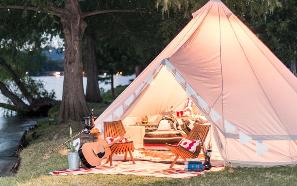 過節去哪玩?一起在德州體驗最火「豪華露營」Glamping!