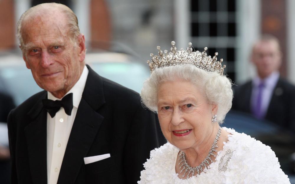 英国女王伊丽莎白二世和丈夫接种了新冠病毒疫苗