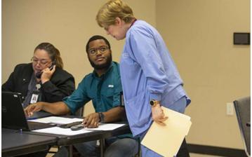 Fort Bend確認2項冠狀病毒測試陽性 總確診數目增加到8 除了華盛頓州的業務影響外 華盛頓大學8萬學生改上網課