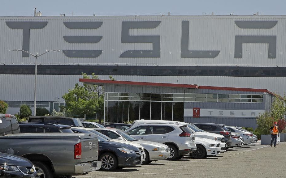 特朗普:加利福尼亞州應支持馬斯克開放特斯拉工廠