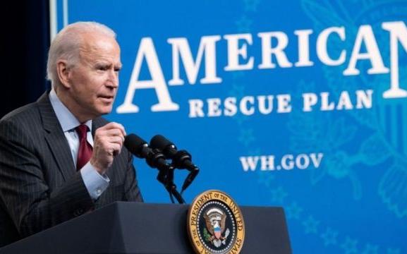 国会通过1.9兆元救助计划 1400元救助金将惠及大多数人