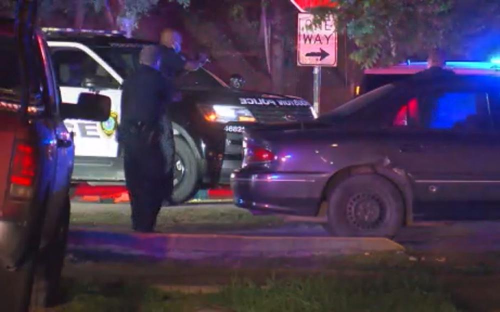 停水停電   搶劫不斷   休斯頓警官當場擊斃搶劫嫌疑犯