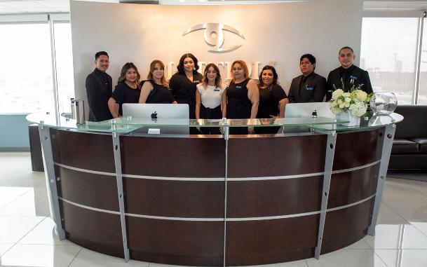 邁特澳利眼科手術中心爲華人和華裔患者提供服務