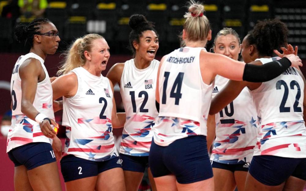 湯普森34分    美國女排連贏叁局致中國女排兩連敗