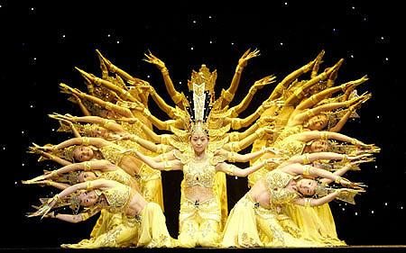 北京心靈之聲殘疾人藝術團爲德州國際農曆新年音樂會奉獻精彩舞蹈